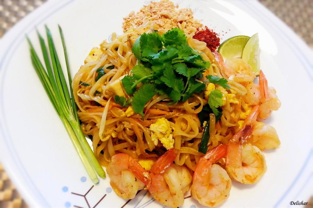 Shrimp pad thai stir fried thai rice noodle delishar singapore shrimp pad thai stir fried thai rice noodle delishar singapore cooking blog forumfinder Gallery