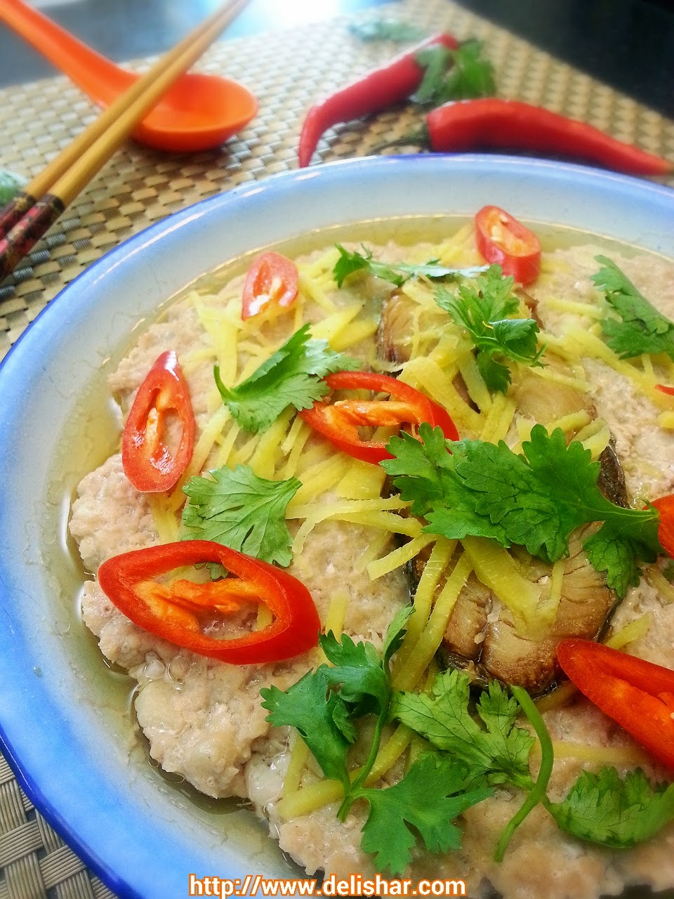 Steam pork with salted fish delishar singapore cooking recipe my late grandfather will be very proud of me this is one of his favourite dish and he makes it ever so often when he was still around forumfinder Choice Image