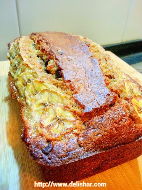 26-banana-yoghurt-chocolate-bread