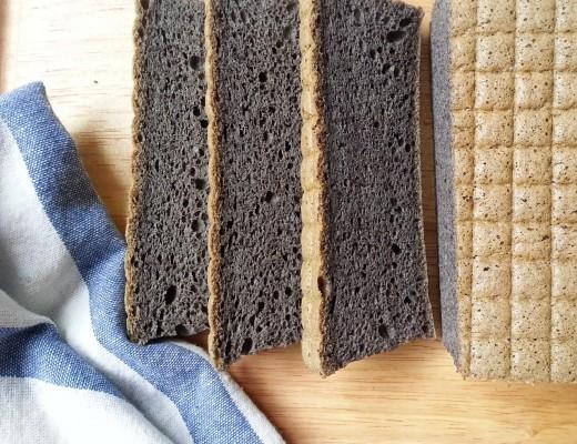 Black glutinous rice flour cake