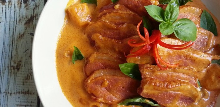 duck-pineapple-thai-curry-featured