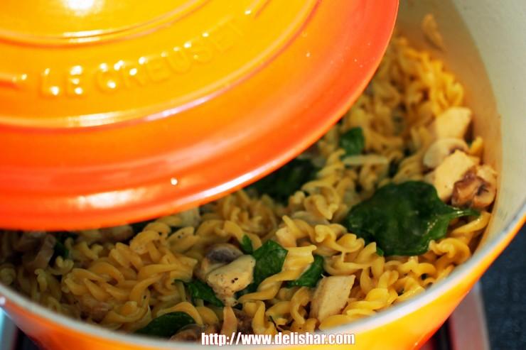 Chicken Mushroom One Pot Pasta 1