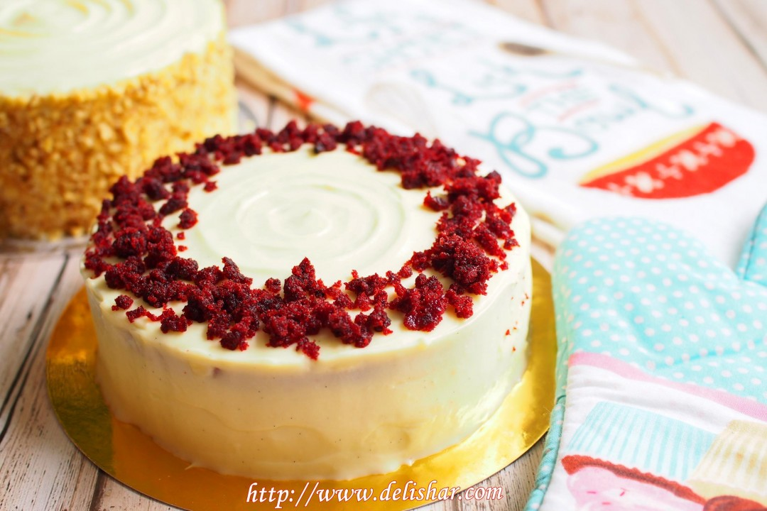 Red Velvet Cake with Cream Cheese Frosting Delishar Singapore