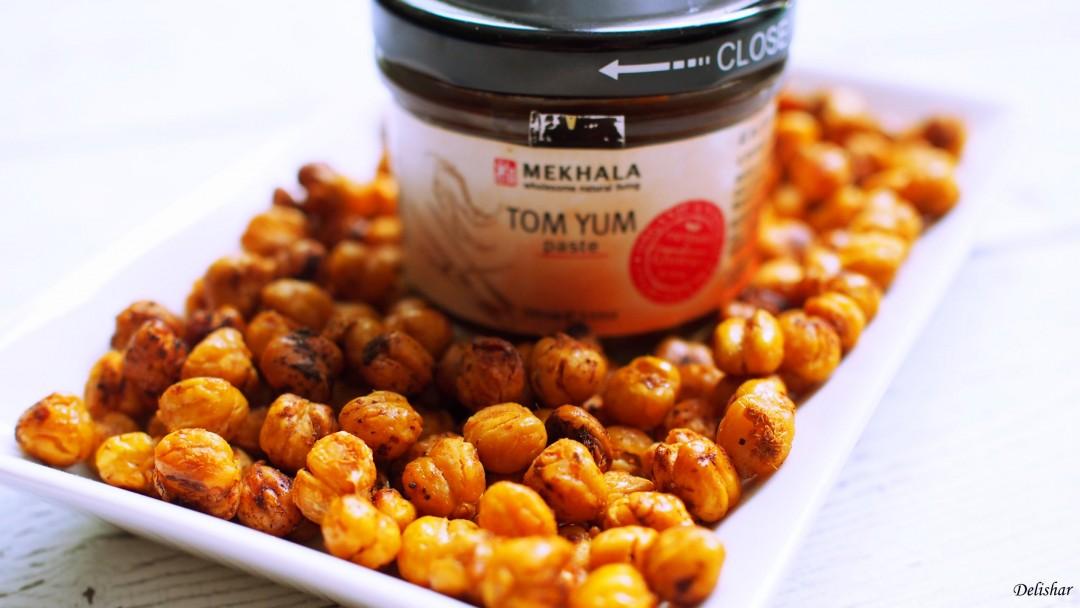 Crunchy Tom Yum Chickpeas 3