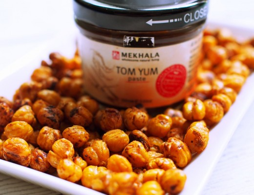 Crunchy Tom Yum Chickpeas 3