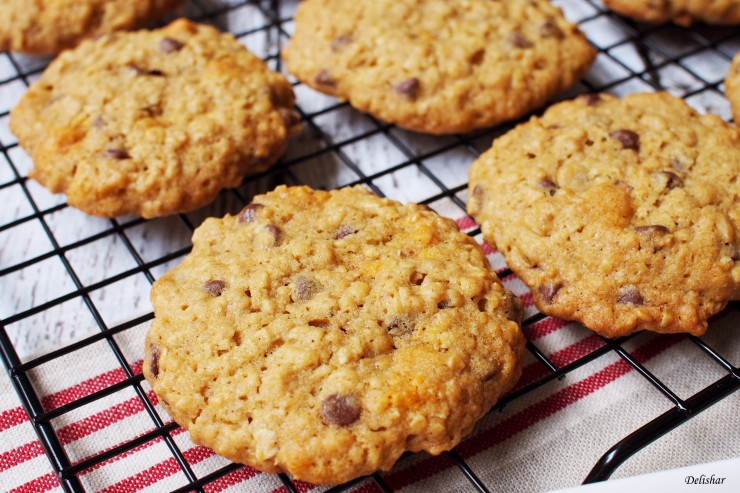 Double Chips Oatmeal Cookies 2