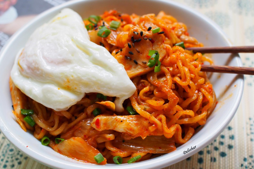 Stir-fried Korean Ramyun Noodles (Ramyun Goreng ...