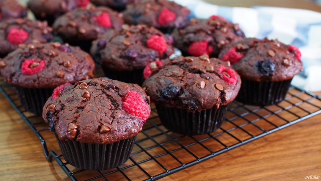 raspeberry-chocolate-muffins-1