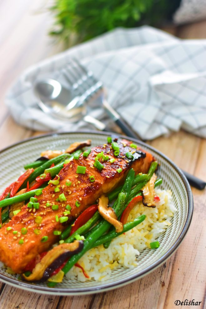Honey Sriracha Salmon With Baby Beans Delishar Singapore Cooking